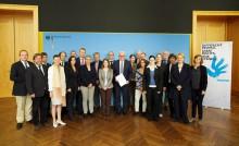 Steinmeier trifft Forum Menschenrechte (Foto: Thomas Trutschel/photothek/Auswärtiges Amt)